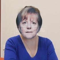 Маска «Ангела Меркель»